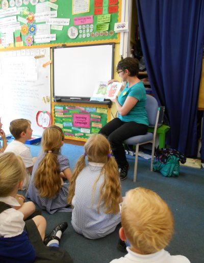 Picture book story-time in primary school